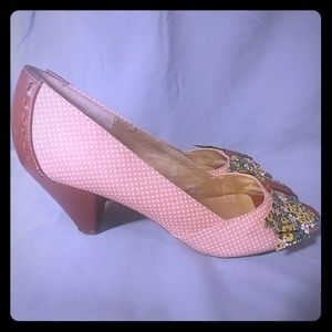 Seychelles pink polka dot floral peep toe